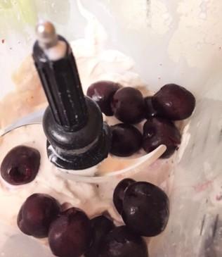 cherrymilkshake3