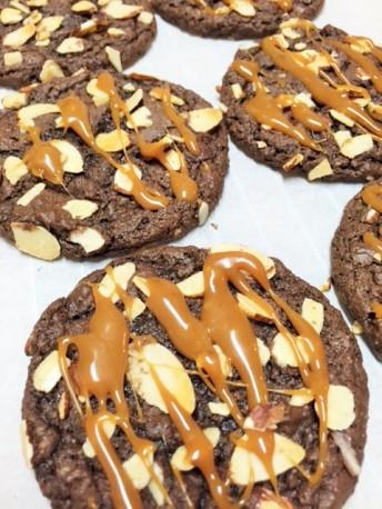 nuttycaramelcookies